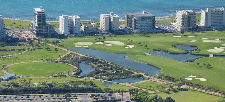 golfspiel-clubmitglied-ausland-meer